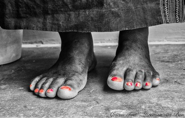 Aftfinder-African-Feet
